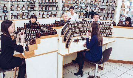 Atelier de groupe pour la création d'un parfum - Galimard parfumeur à Grasse