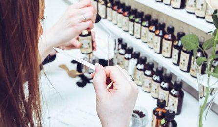 atelier de groupe - création de parfum - Galimard parfumeur à Grasse